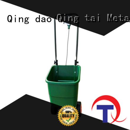 Strong structure tow behind spreader wholesale for garden